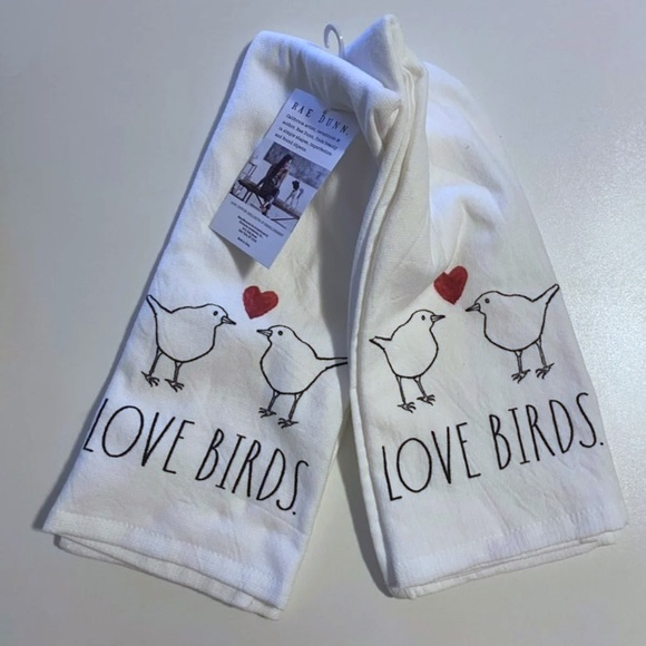 Rae Dunn NWT Lovebirds Kitchen Towels Set of two